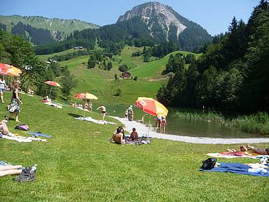 Seewaldsee mitten in den Alpen